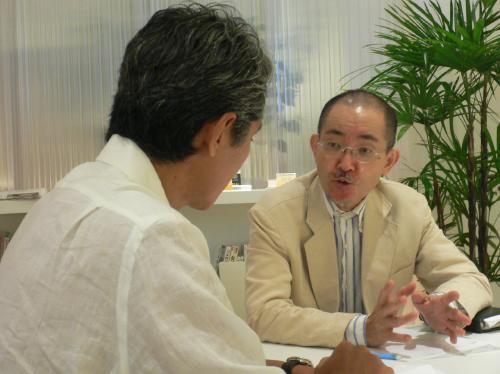辻芳樹校長×ジャーナリスト西川恵氏対談「外交の食卓から国際政治を読み解く」