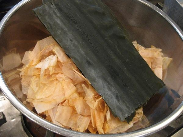 日本料理の基本「一番だし」