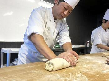 食パンのバリエーション~高度製パン理論・実習~